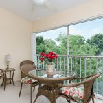 Beautiful 2 Bed 2 Bath Condo 5 Minutes To The Beach